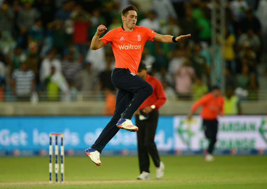 Chris Woakes held his nerve in the final over