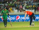 Stephen Parry varied his pace intelligently, Pakistan v England, 2nd T20, Dubai, November 27, 2015