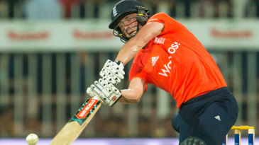 Chris Woakes hit three sixes in his 37 from 24 balls