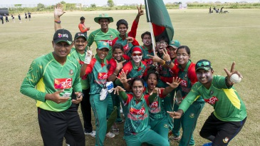 Bangladesh bowled Zimbabwe out for 58 to qualify for the Women's T20 World Cup
