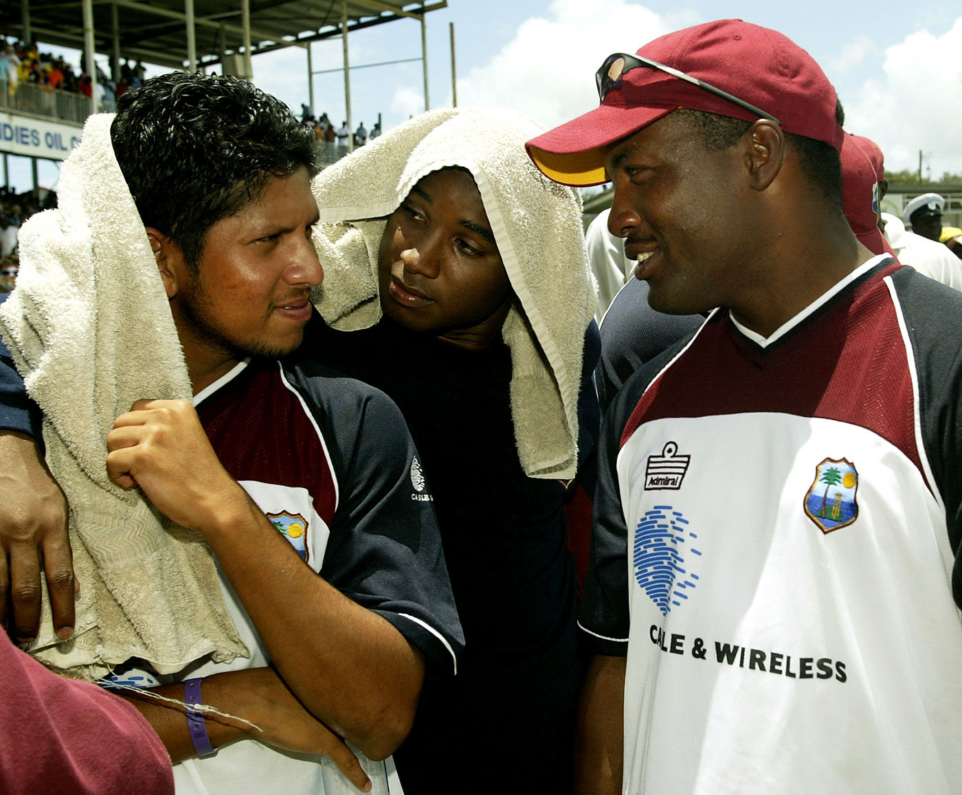 Sarwan and Lara get chatting after the record chase in Antigua against Australia in 2003. Sarwan scored a century in the second innings and Lara 60
