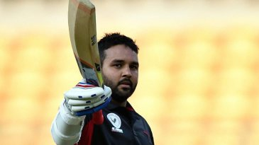 Parthiv Patel brings up his maiden List A hundred