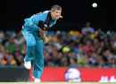 James Hopes sends one down, Brisbane Heat v Sydney Thunder, BBL 2015-16, Brisbane, January 3, 2016