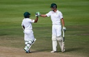 Temba Bavuma and Chris Morris punch gloves, South Africa v England, 2nd Test, Cape Town, 4th day, January 5, 2015