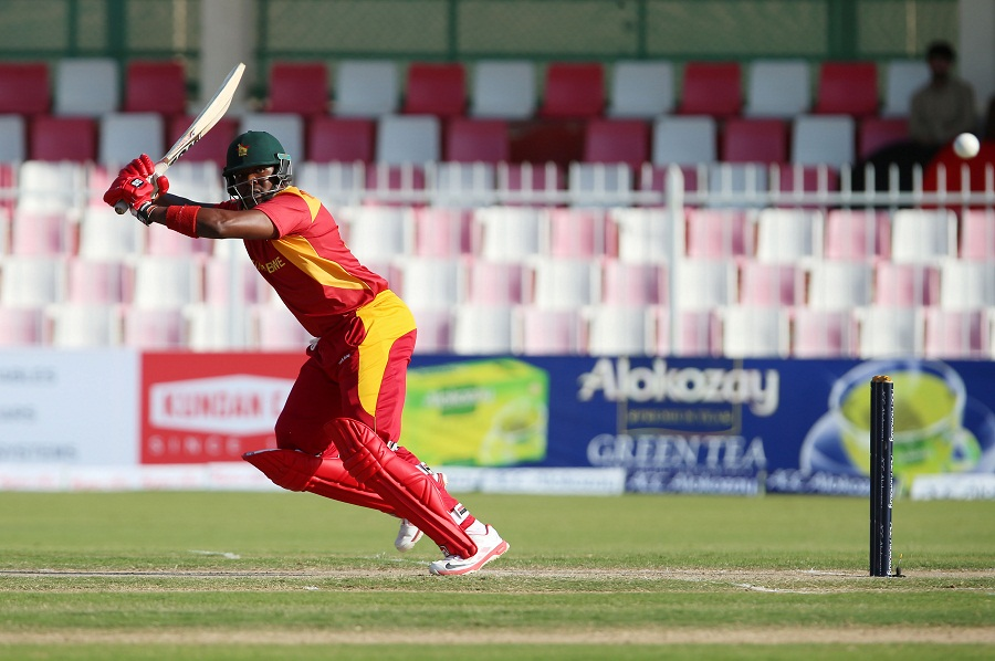 Hamilton Masakadza then came in and started rebuilding Zimbabwe's innings