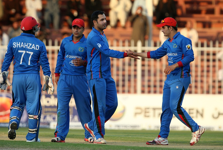 Zimbabwe's momentum was slightly thwarted in the death overs, and Afghanistan were left staring at a target of 249 to seal the series