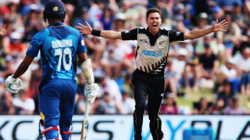 Trent Boult appeals for a wicket