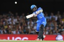 Mahela Jayawardene gave the Strikers a rapid start, Brisbane Heat v Adelaide Strikers, BBL 2015-16, Brisbane, January 8, 2016
