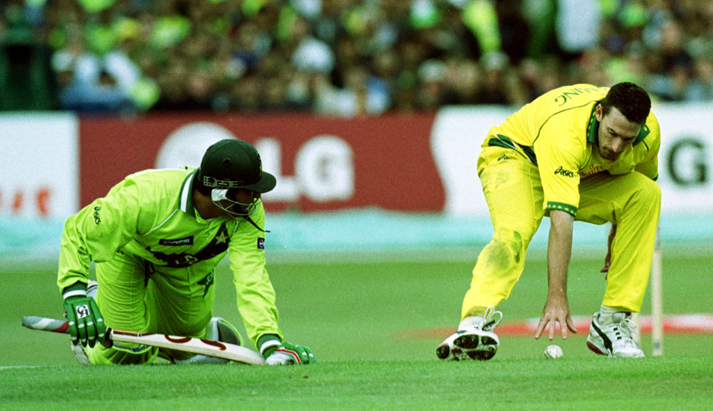 Inzamam-ul-Haq is run out by Damien Fleming