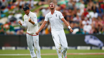 Stuart Broad dismissed AB de Villiers for a duck to start South Africa's tail-spin