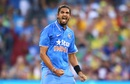 Ishant Sharma roars after taking a wicket, Australia v India, 3rd ODI, Melbourne, January 17, 2016
