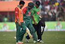 Mushfiqur Rahim walked off the field after suffering a cramp, Bangladesh v Zimbabwe, 2nd T20I, Khulna, January 17, 2016