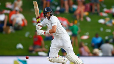 Joe Root clips through the leg side