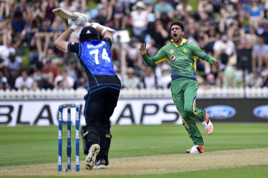 Waqar Younis says Mohammad Amir is 'not at his best' yet, but is