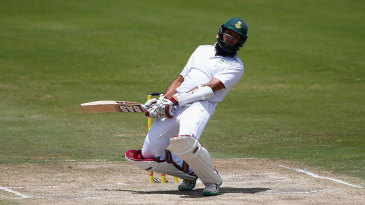 Hashim Amla watches a bouncer go by during his 96
