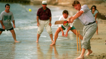 Ernie Els bats in a beach cricket game with other golfers (from left) Craig Parry, Mark McCumber and Nick Price in Jamaica during the Johnnie Walker World Championship