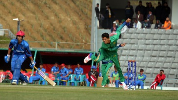 Hasan Mohsin picked up 3 for 24 in Pakistan Under-19s' victory
