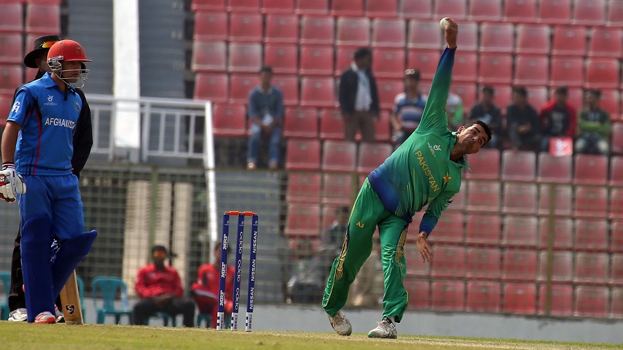 Shadab Khan picked up 4 for 9 in five overs