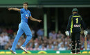 Ashish Nehra celebrates the wicket of Usman Khawaja, Australia v India, 3rd T20I, Sydney, January 31, 2016