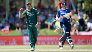 Alex Hales fell to Marchant de Lange for 57