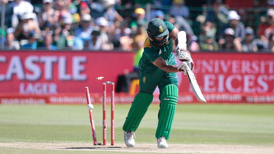 Hashim Amla fell cheaply for the second match running