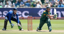 AB de Villiers prepares to reverse sweep, South Africa v England, 2nd ODI, Port Elizabeth, February 6, 2016