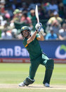 Farhaan Behardien struggled to get going in the death overs, South Africa v England, 2nd ODI, Port Elizabeth, February 6, 2016