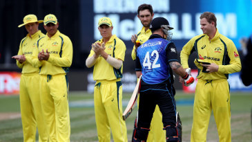 Australia applaud as Brendon McCullum walks out in his final ODI innings