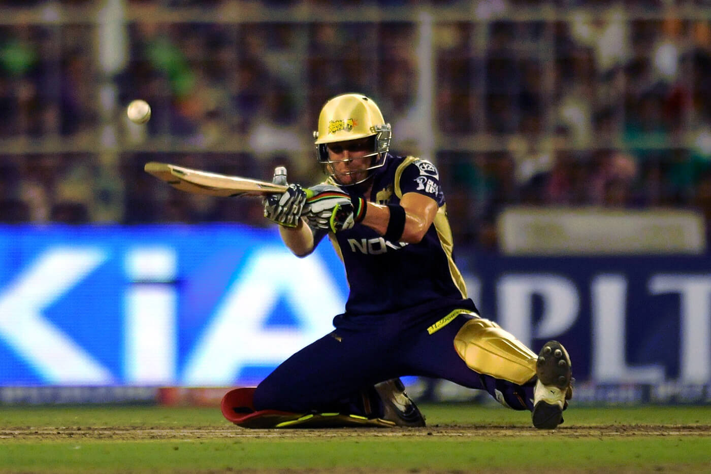 Brendon McCullum attempts the ramp shot