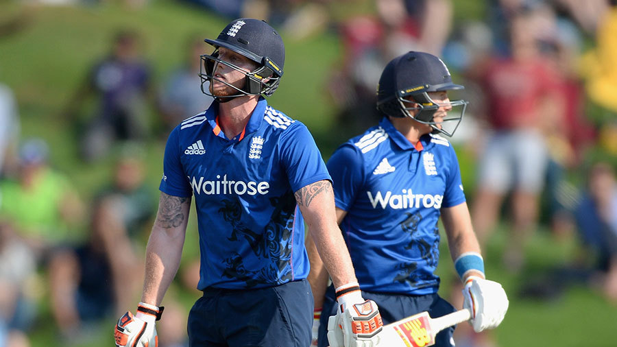 Root's innings ended with a run-out on 125 after a mix-up with Ben Stokes