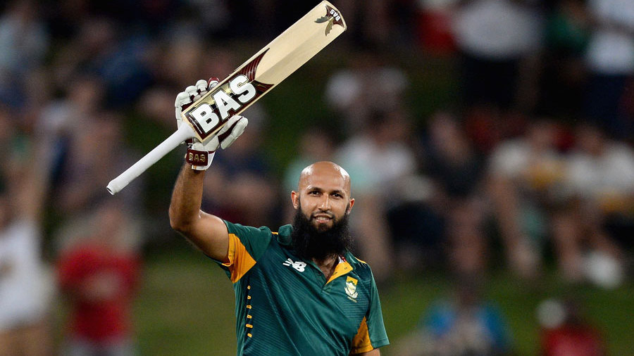Amla got to his own hundred shortly after