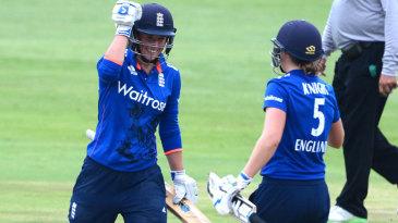Georgia Elwiss and Heather Knight scored vital fifties