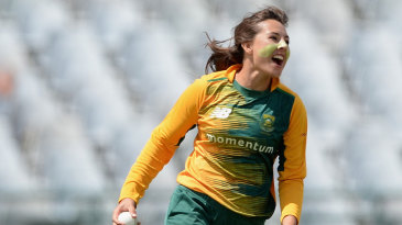 Sune Luus took two wickets with her legspin