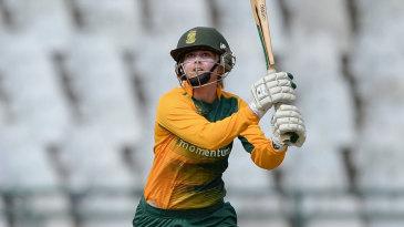 Dane van Niekerk launches one down the ground
