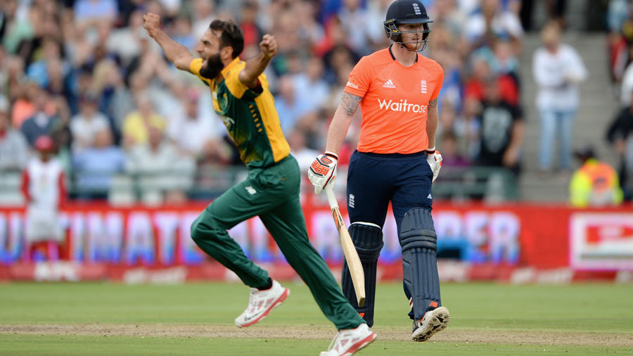 Imran Tahir celebrates Ben Stokes' stumping