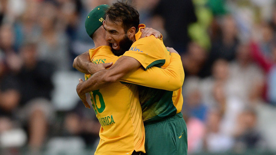 ...and Faf du Plessis' blinder got Moeen Ali first ball and gave Tahir his fourth