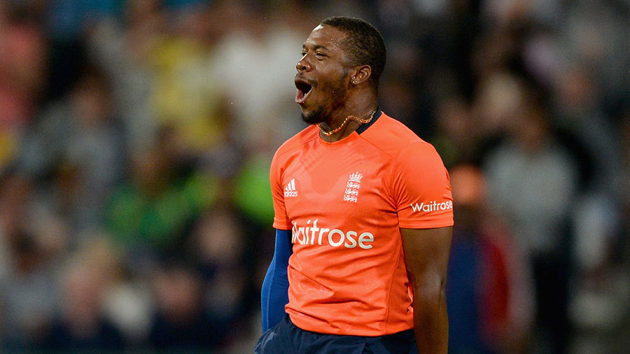 England needed wickets in order to defend 134 and Chris Jordan removed AB de Villiers in the fifth over