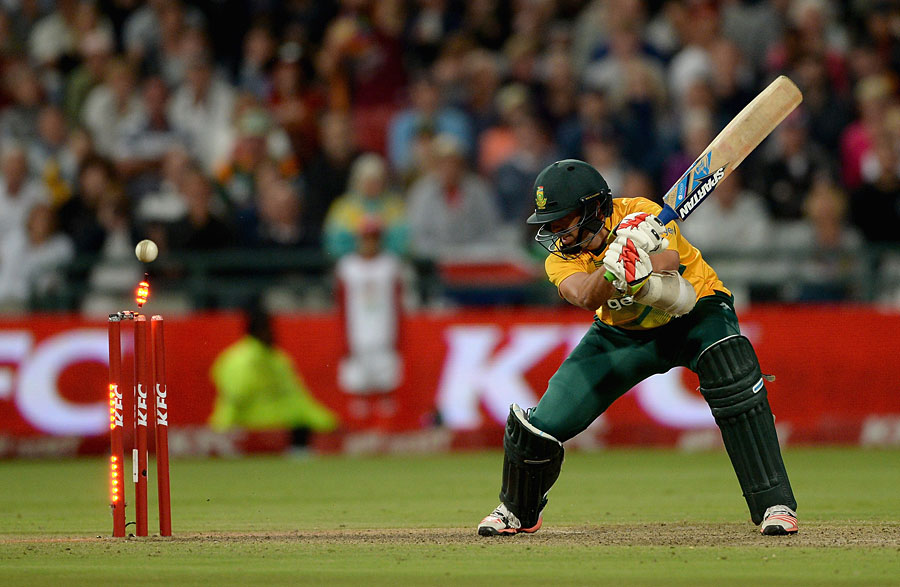 Wiese's dismissal meant that South Africa were again left to rely on Chris Morris