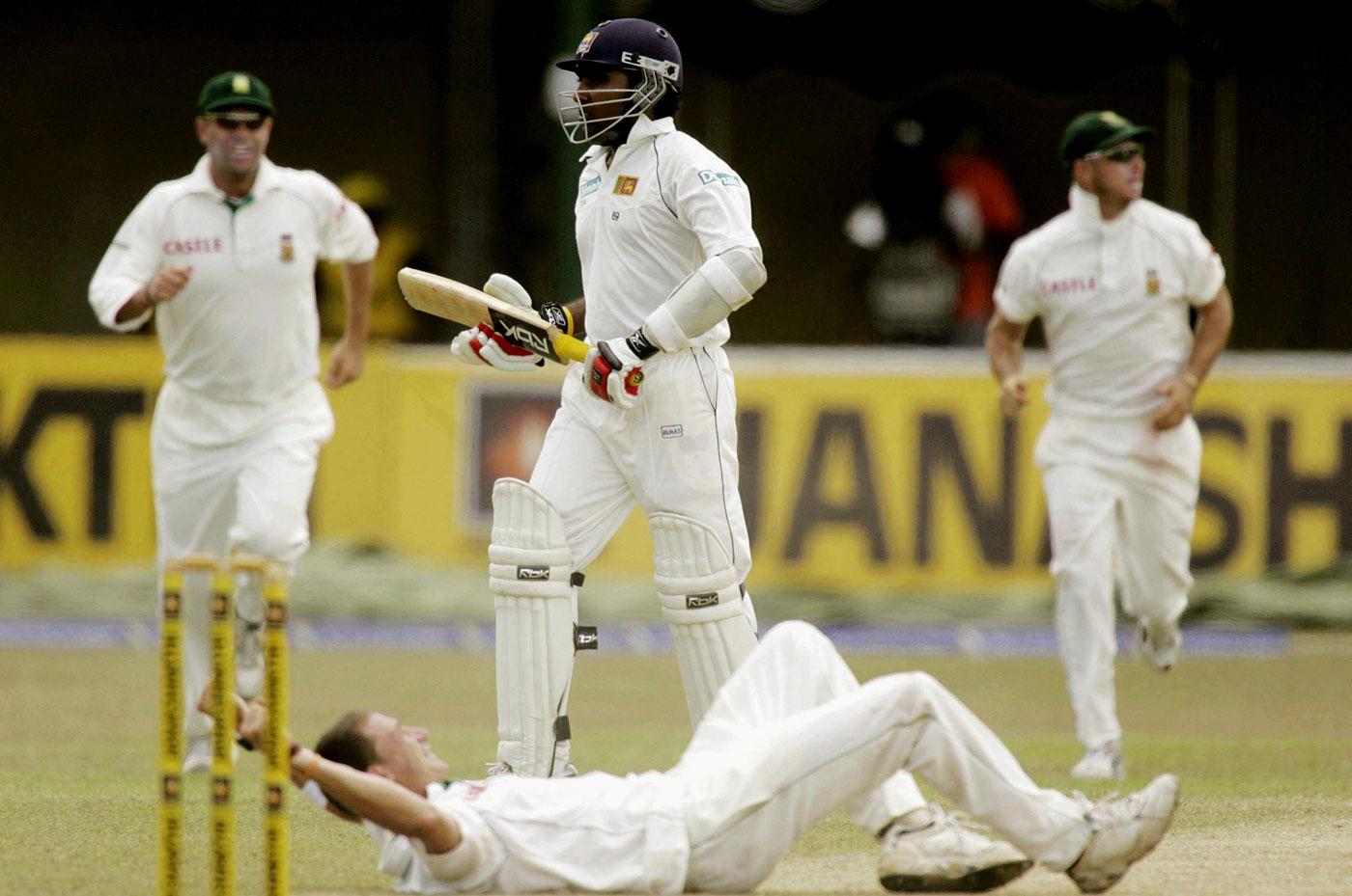 Steyn gets Mahela Jayawardene in the thrilling 2006 P Sara Test that Sri Lanka won by a wicket