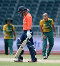 Shabnim Ismail took three wickets, South Africa Women v England Women, 3rd T20, Johannesburg, February 21, 2016