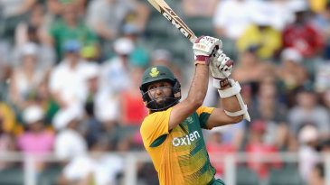Hashim Amla hits over the top