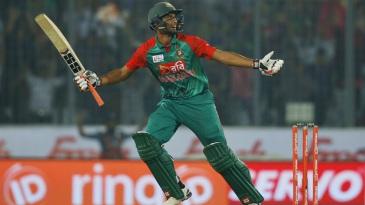 Mahmudullah hit the winning runs for Bangladesh