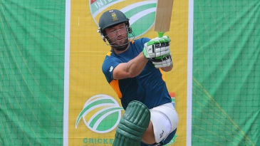 AB de Villiers tunes up in the nets