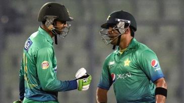 Shoaib Malik and Umar Akmal added 56 for the fourth wicket