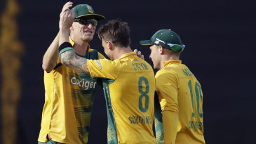 Dale Steyn picked up two wickets on his comeback