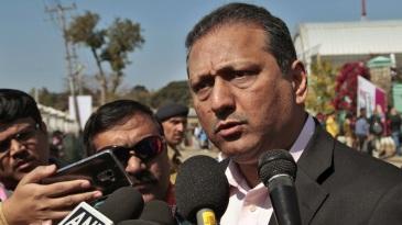 MV Sridhar talks to the media in Dharamsala during the World T20