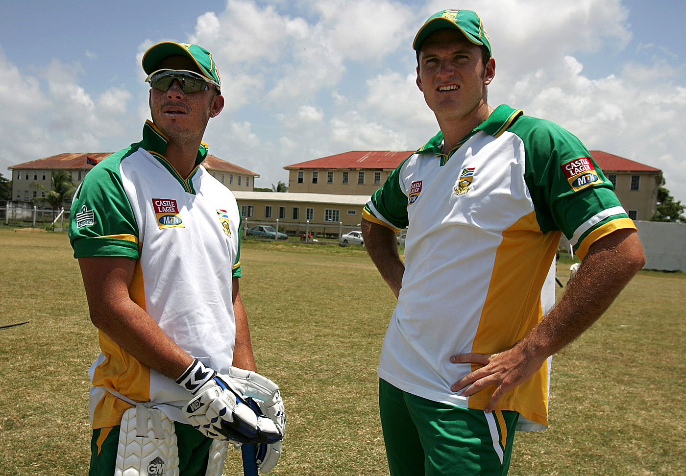 Herschelle Gibbs and Graeme Smith have a chat