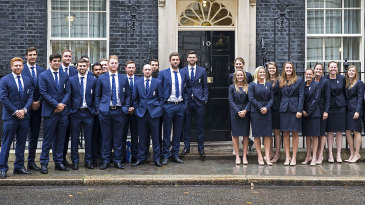 The England men's and women's teams pose outside 10 Downing Street