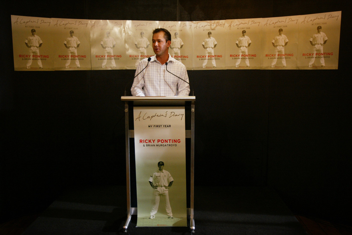 Ricky Ponting continued the tradition of captains' diaries that Steve Waugh had turned into a bestselling business