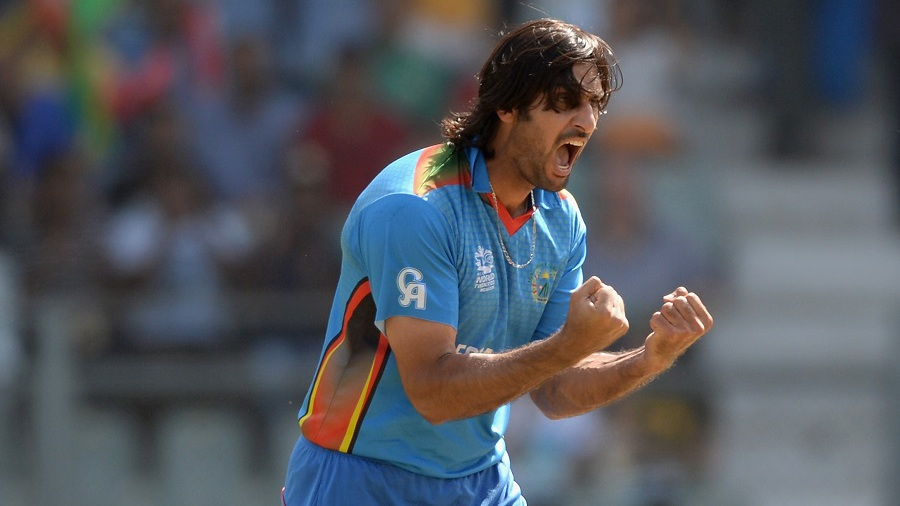 Shapoor Zadran provided Afghanistan with an early breakthrough after South Africa chose to bat, sending back Hashim Amla for 5